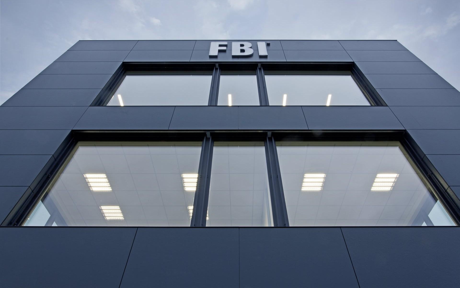 FBI Gebäude unten 2000pxa