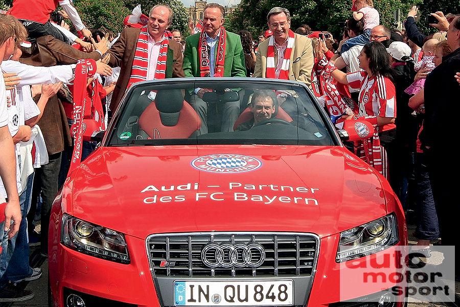 FC-Bayern-Muenchen-Autokorso-Audi-S5-Cabrio